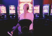 Flere og flere spiller online